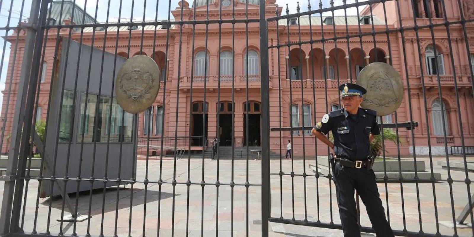 Recluso escapa de prisión disfrazado de abogado. Foto:Getty Images
