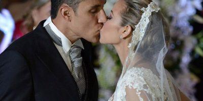 El portero del Real Madrid se casó por la iglesia con Andrea Salas, su esposa por lo civil desde hace seis años. Foto:Getty Images