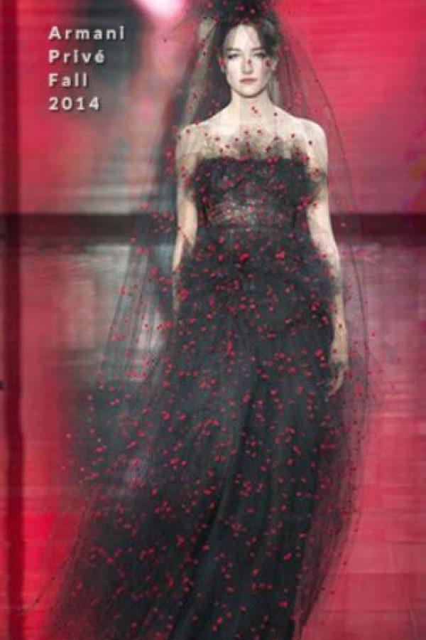 Porque bajó la cintura del vestido, quitándole toda la gracia. Foto:vía RedCarpetFashion Awards