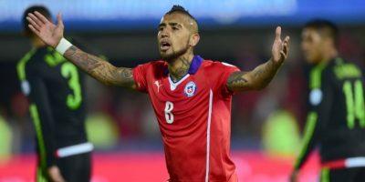 El goleador chileno juega por el costado izquierdo Foto:AFP