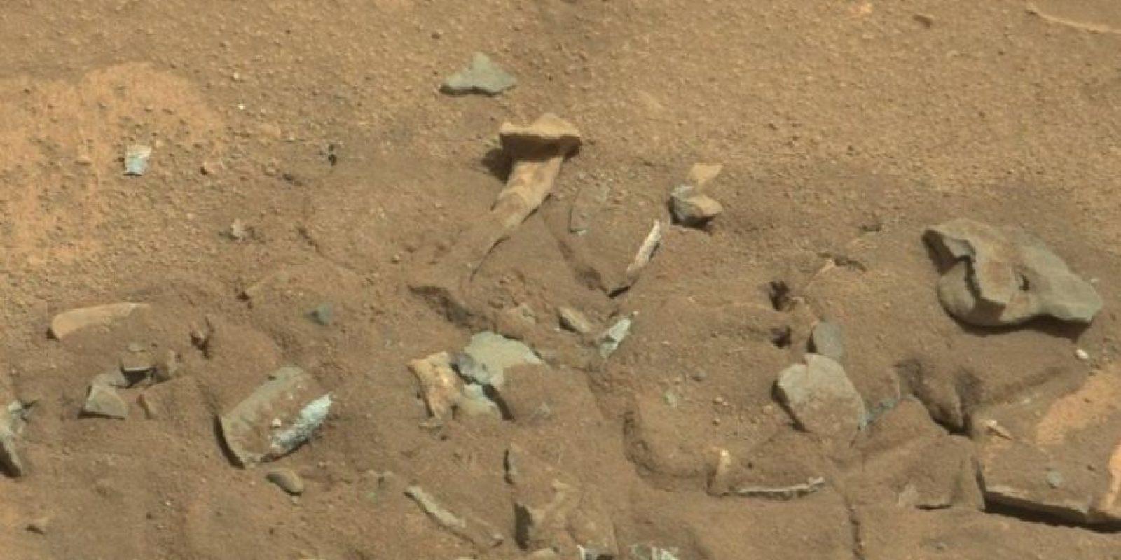Se descubrió en agosto de 2014 Foto:NASA. Foto original en http://mars.jpl.nasa.gov/msl-raw-images/msss/00719/mcam/0719MR0030550060402769E01_DXXX.jpg