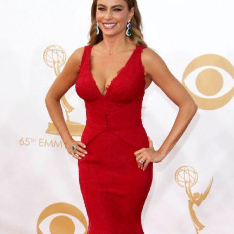 Ella ya sabe que le funciona el corte sirena y el vestido de reina de belleza de los años 90. Foto:vía Getty Images