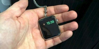 En un reloj de bolsillo Foto:instagram.com/thechicgeekcouk/