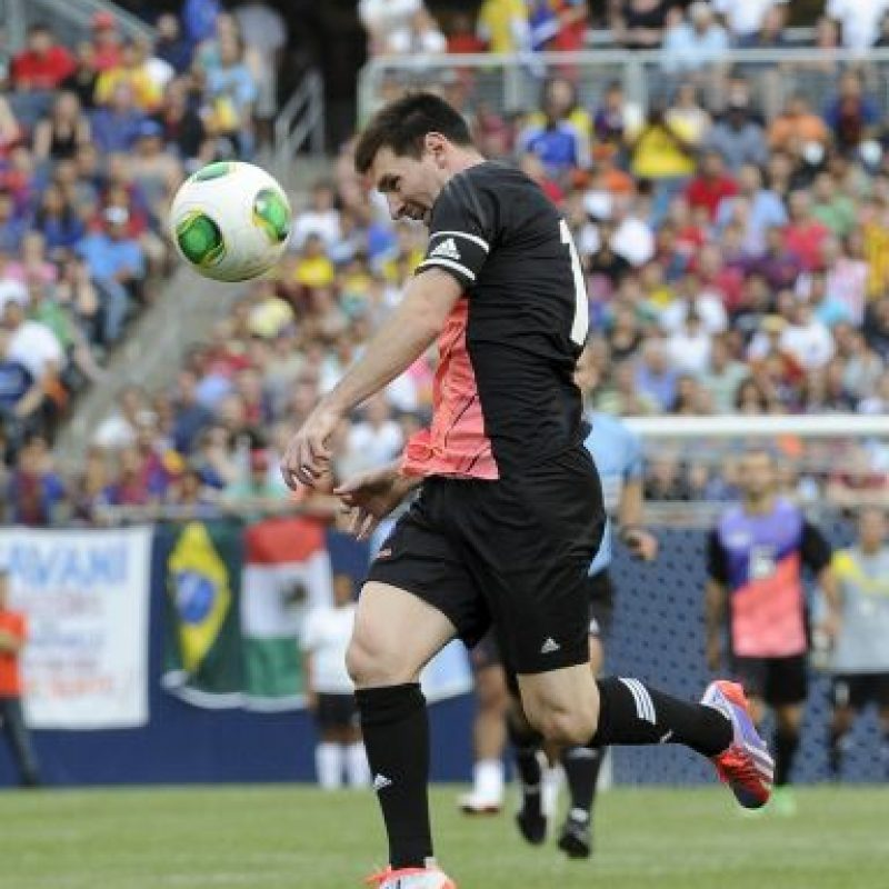 Messi intenta un remate. Foto: Getty Images