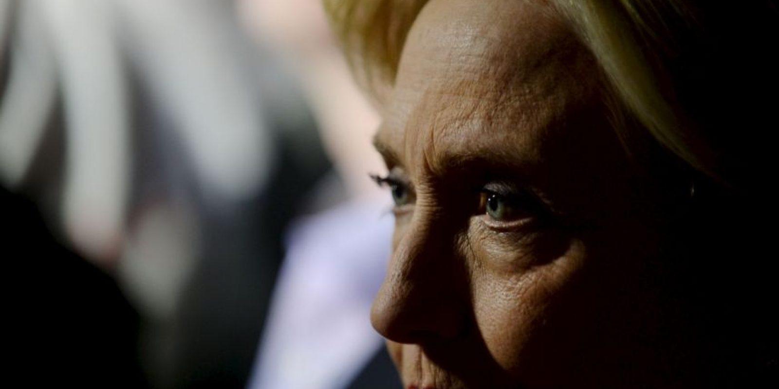 Tras esta situación, han surgido dudas que cuestionan si la candidata en realidad entregó todos los correos electrónicos relacionados con su trabajo . Foto:Getty Images