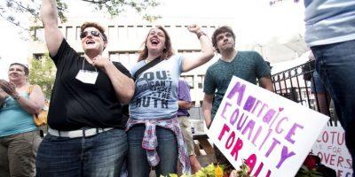 Este viernes, 26 de junio el Tribunal Supremo determinó que la prohibición al matrimonio gay en Estados Unidos es inconstitucional, por lo que también ahora será legal en los 14 estados que lo prohibían. Foto:Getty Images