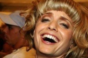 """Y verse como Effie Trinket de """"Los Juegos del Hambre"""" tampoco revivió tu carrera. Foto:vía Getty Images"""