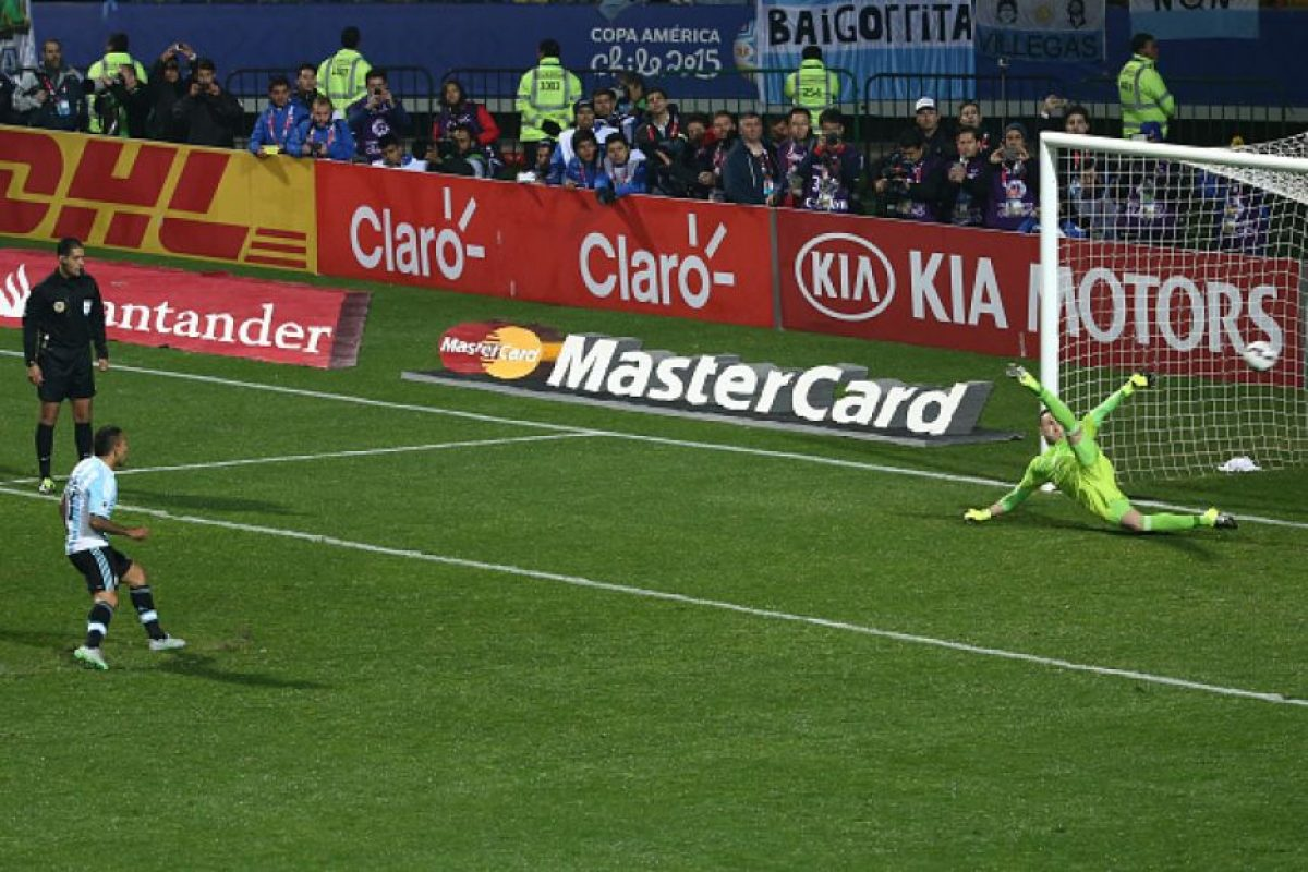 Un error de Murillo y un acierto de Carlos Tévez le dieron el triunfo a Argentina. Foto:Getty Images