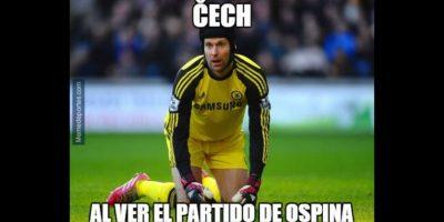 """Y le """"mandó"""" un mensaje a Petr Cech, su posible rival por la titularidad del Arsenal. Foto:memedeportes.com"""