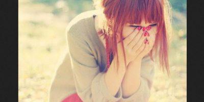 No se pueden contener las emociones que una persona o situación produce y por lo mismo es imposible soportarlo. Foto:Tumblr.com/tagged/llorar/risa
