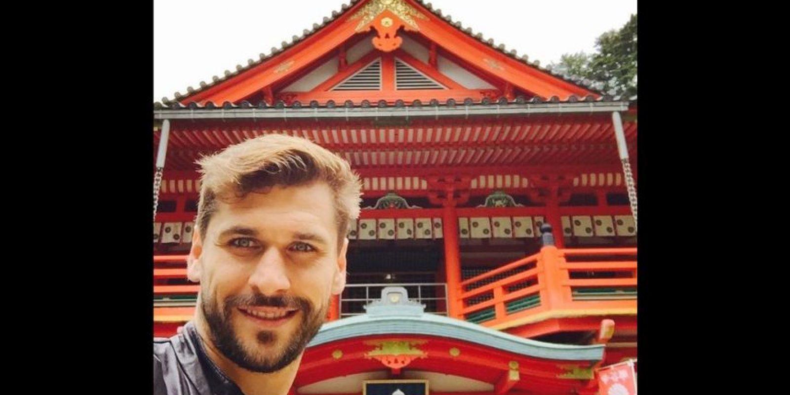 Tras su boda con María Lorente, el goleador de la Juventus viajó a Japón con su esposa. Foto:Vía instagram.com/llorente_fer