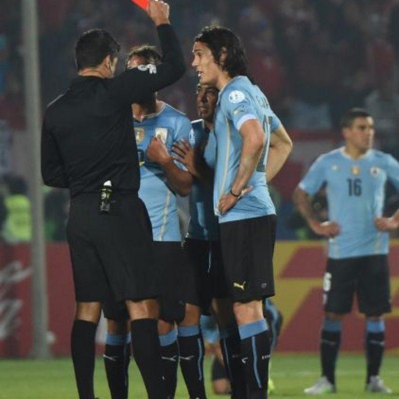 Fue el árbitro del polémico Chile vs. Uruguay de los cuartos de final Foto:AFP