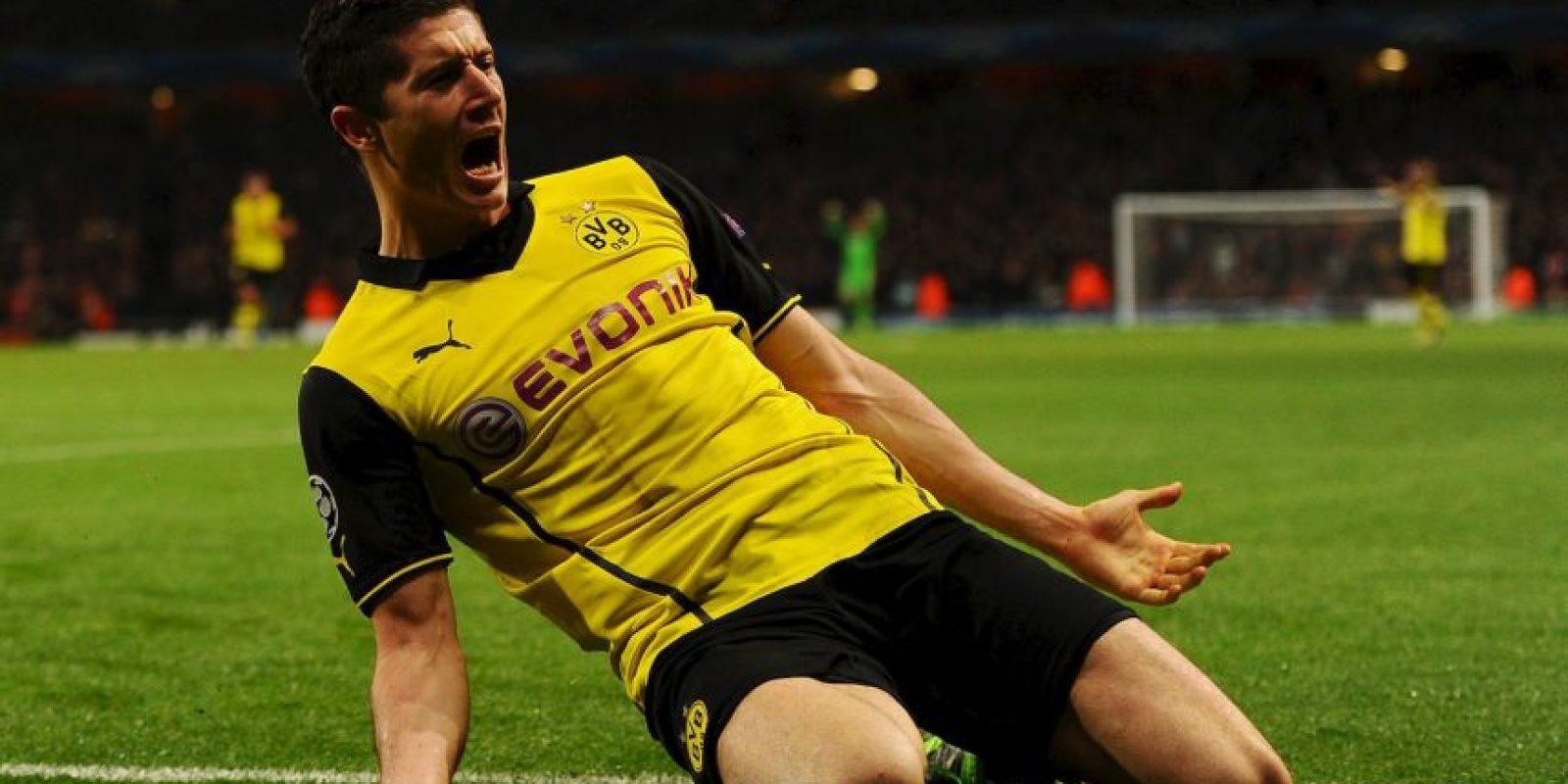 El delantero polaco fue un ídolo en el Borussia Dortmund… hasta que fichó por el Bayern Munich. Foto:Getty Images
