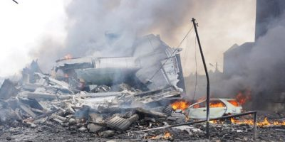 FOTOS: Así fue el accidente aéreo que dejó más de 45 muertos en Indonesia