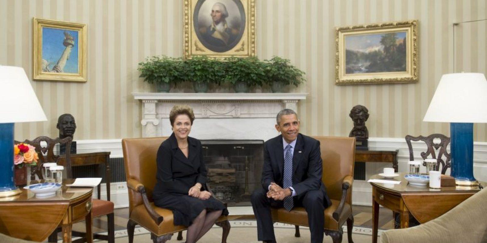 Ambos mandatario dejaron atrás es tema sobre el espionaje que Estados Unidos realizó a Brasil. Foto:AFP