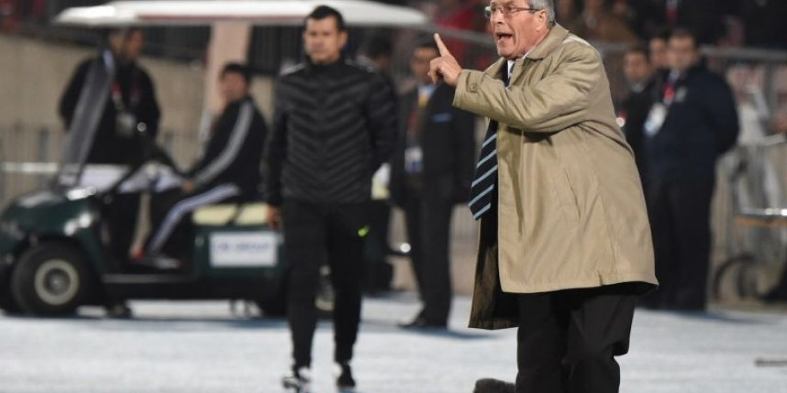 Óscar Washington Tabárez, DT de Uruguay, después del partido de cuartos de final ante Chile Foto:AFP