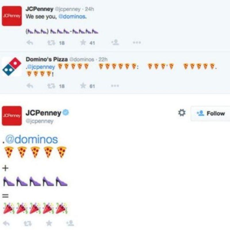 La pizzería Domino's invita a sus usuarios en Estados Unidos a enviar un tuit con el emoji de pizza como una forma más rápida y eficaz de realizar un pedido. Foto:Twitter