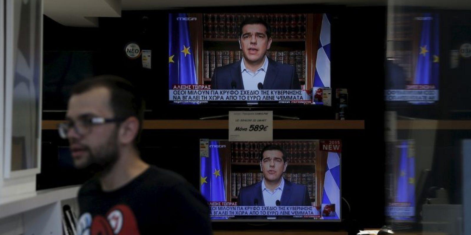 """Votar por el 'no' no significa romper relaciones con Europa. Significa regresar a Europa a sus valores. El 'no' significa una presión mayor [al Eurogrupo]"""", publicó en Twitter Foto:AP"""