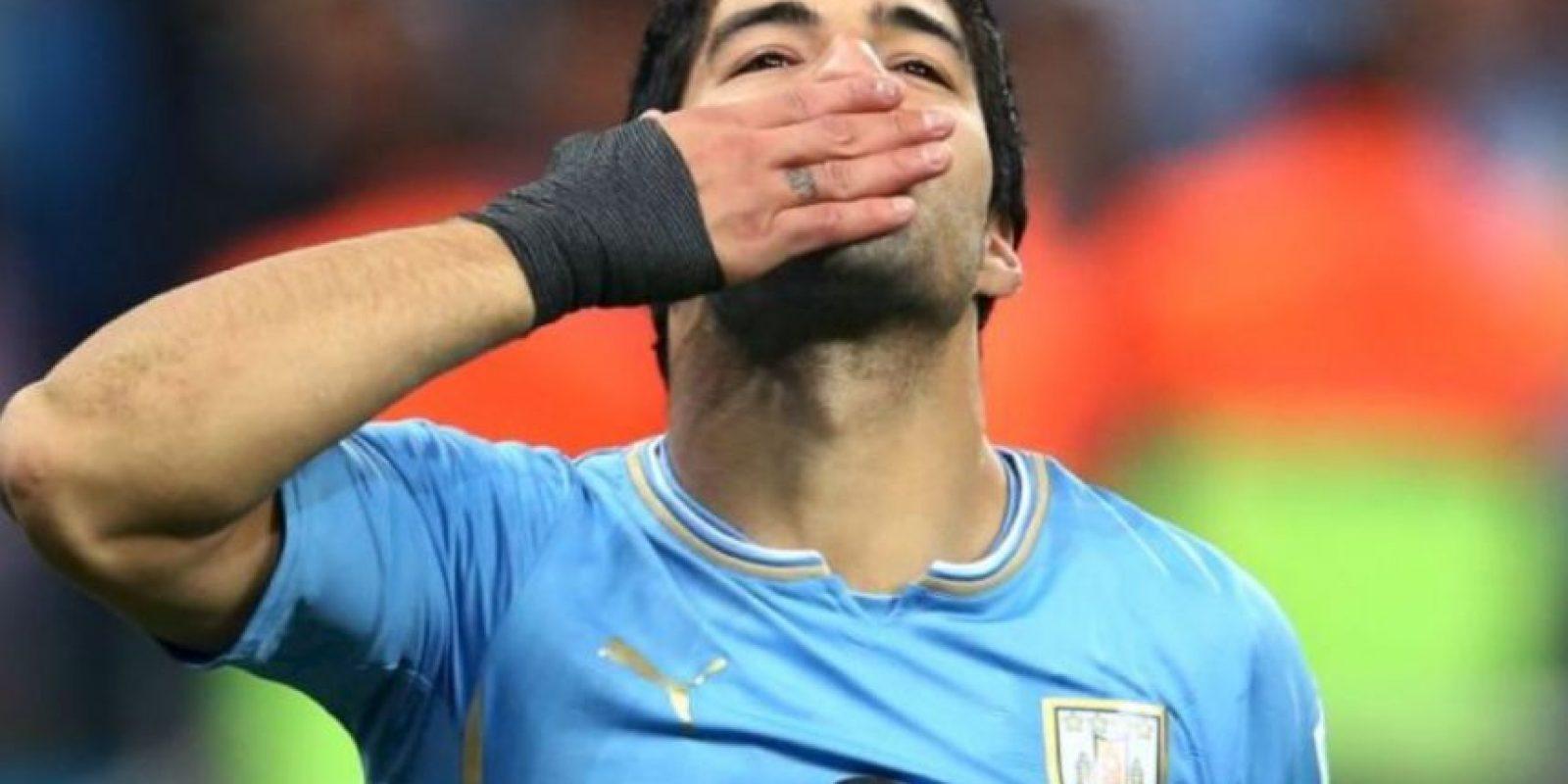 """""""Nosotros tenemos 15 Copas América, que se preocupen los que nunca la han ganado"""", Luis Suárez, delantero uruguayo del Barcelona, después de que Alexis Sánchez criticara la dureza con la que juega la """"Celeste"""" Foto:AFP"""