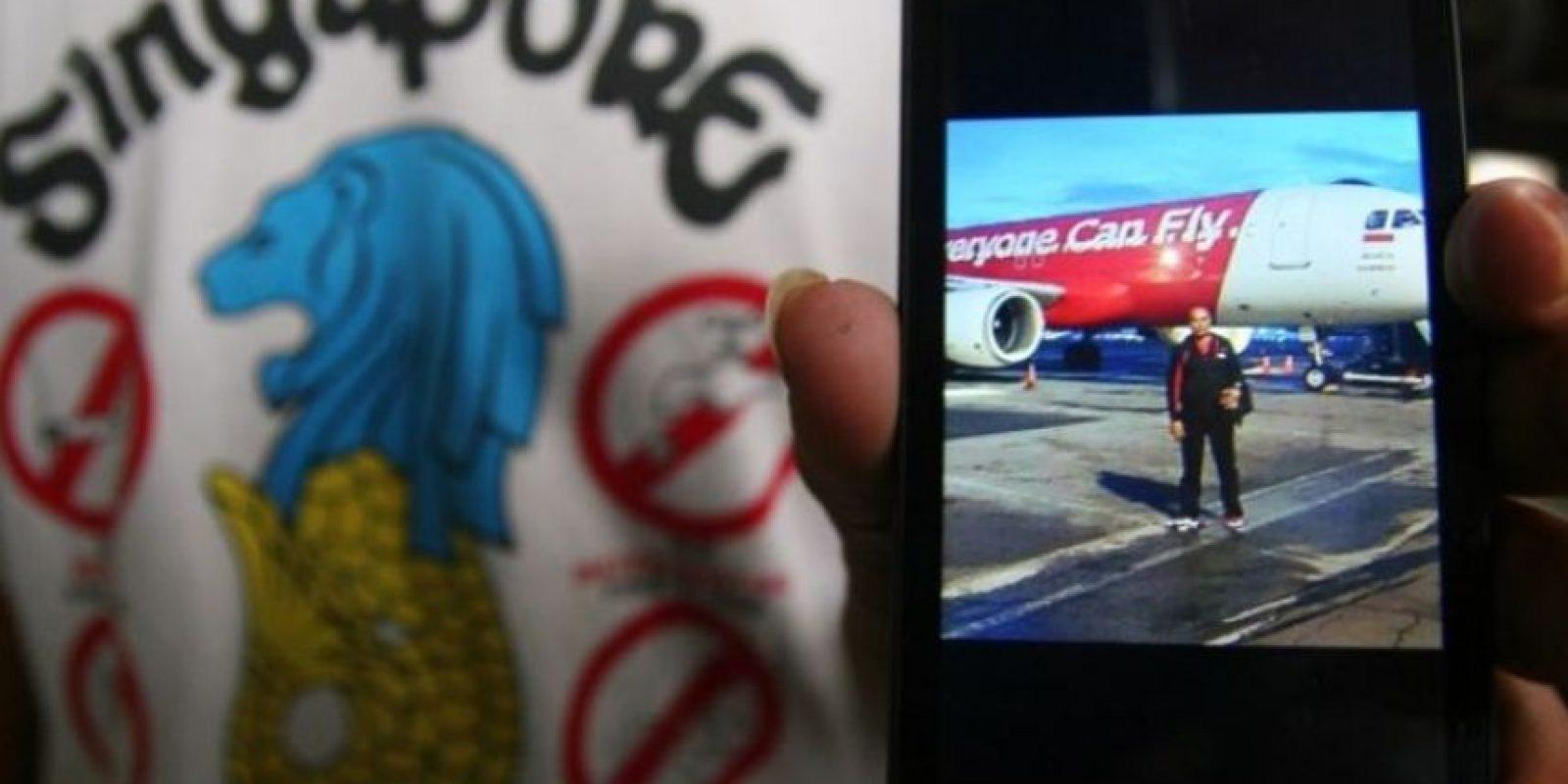 El vuelo de Air Asia perdió contacto con la torre de control de Jakarta el pasado 28 de diciembre, horas antes de llegar a su destino. Debido al mal clima, el vuelo había solicitado una desviación antes de desaparecer. Foto:AFP