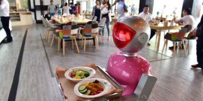 No habrá nada de qué preocuparse en caso de trabajar en algo relacionado a la salud mental, pues solamente existe un 0.3% de ser sustituido por un robot. Sin embargo, las personas que se dediquen a trabajos como ser mesero tienen un 93.7% de ser sustituidos, de acuerdo a datos de la Universidad de Oxford Foto:Getty Images