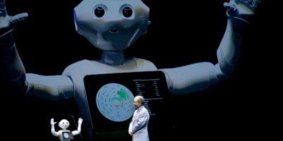 """3. Ponen a la venta robot que tiene """"sentimientos"""" y se toma selfies Foto:AP"""