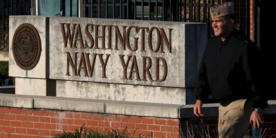 Cierran base naval en Washington por tiroteo