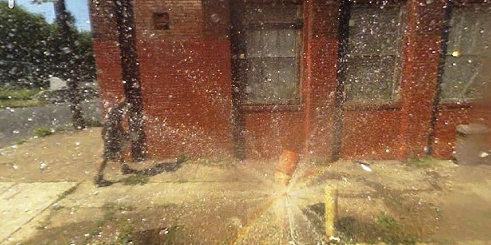 Un conducto de agua roto. Foto:Google