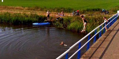 Un clavado en el río. Foto:Google