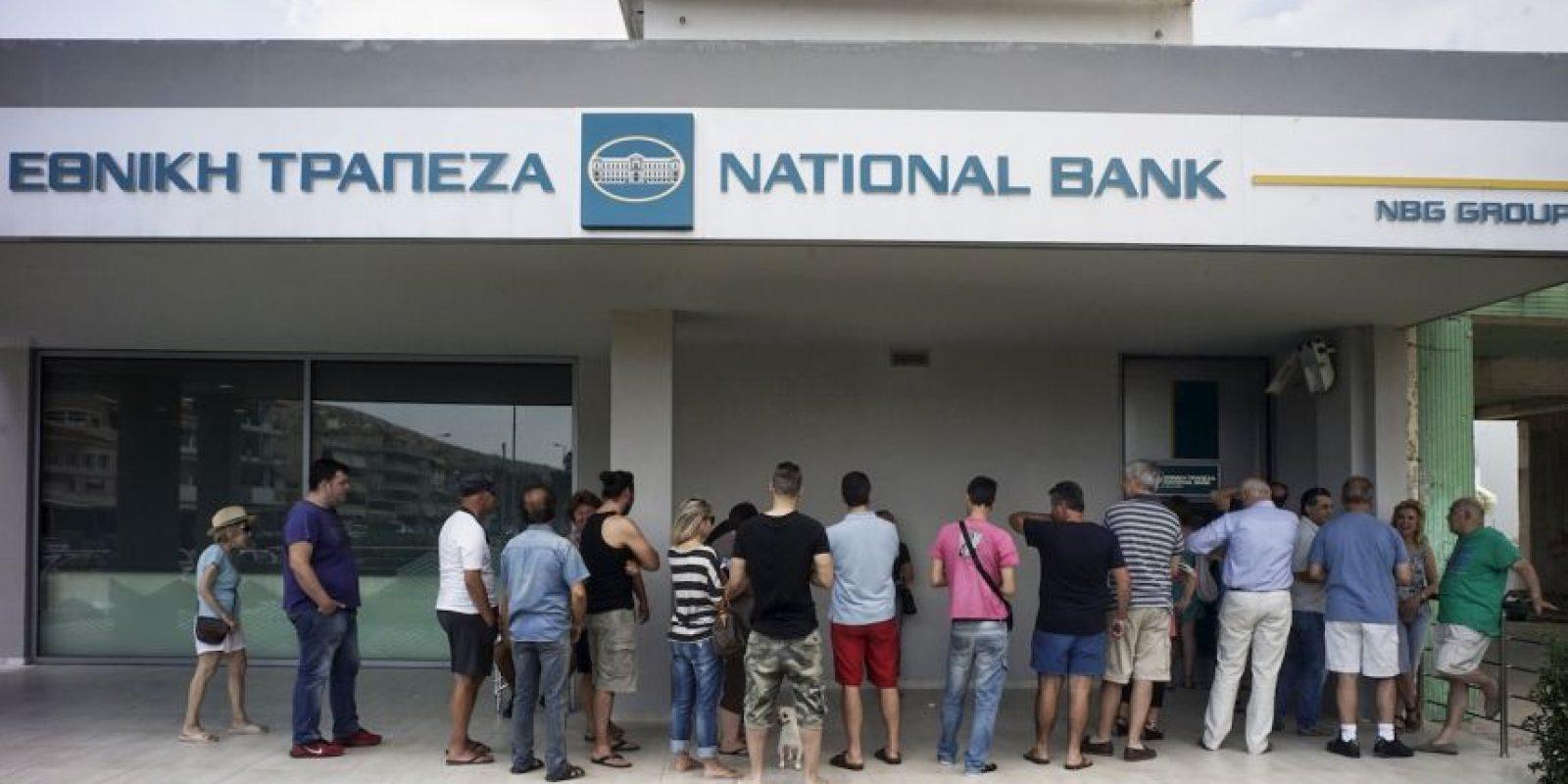 Según datos del Banco Mundial, su deuda pública asciende a mil 900 millones de dólares. Foto:Getty Images