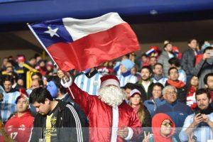 """La hinchada está hambrienta por un título de Copa América de la """"Roja"""". Foto:AFP"""