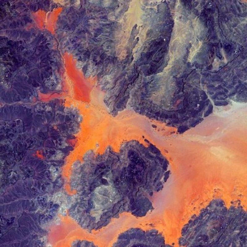 """Las rocas en la Tierra, por el """"Día del Asteroide"""" Foto:Instagram.com/stationcdrkelly"""