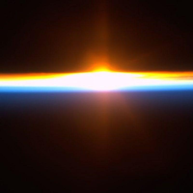 """""""Día 96. El sol se pone a mitad de la jornada"""". Foto: Instagram.com/stationcdrkelly"""