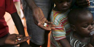 La tuberculosis continúa siendo la principal causa de muerte en las personas que viven con el VIH; se calcula que unas 360 mil personas han fallecido en 2013 a causa de dicha enfermedad. Foto:Getty Images