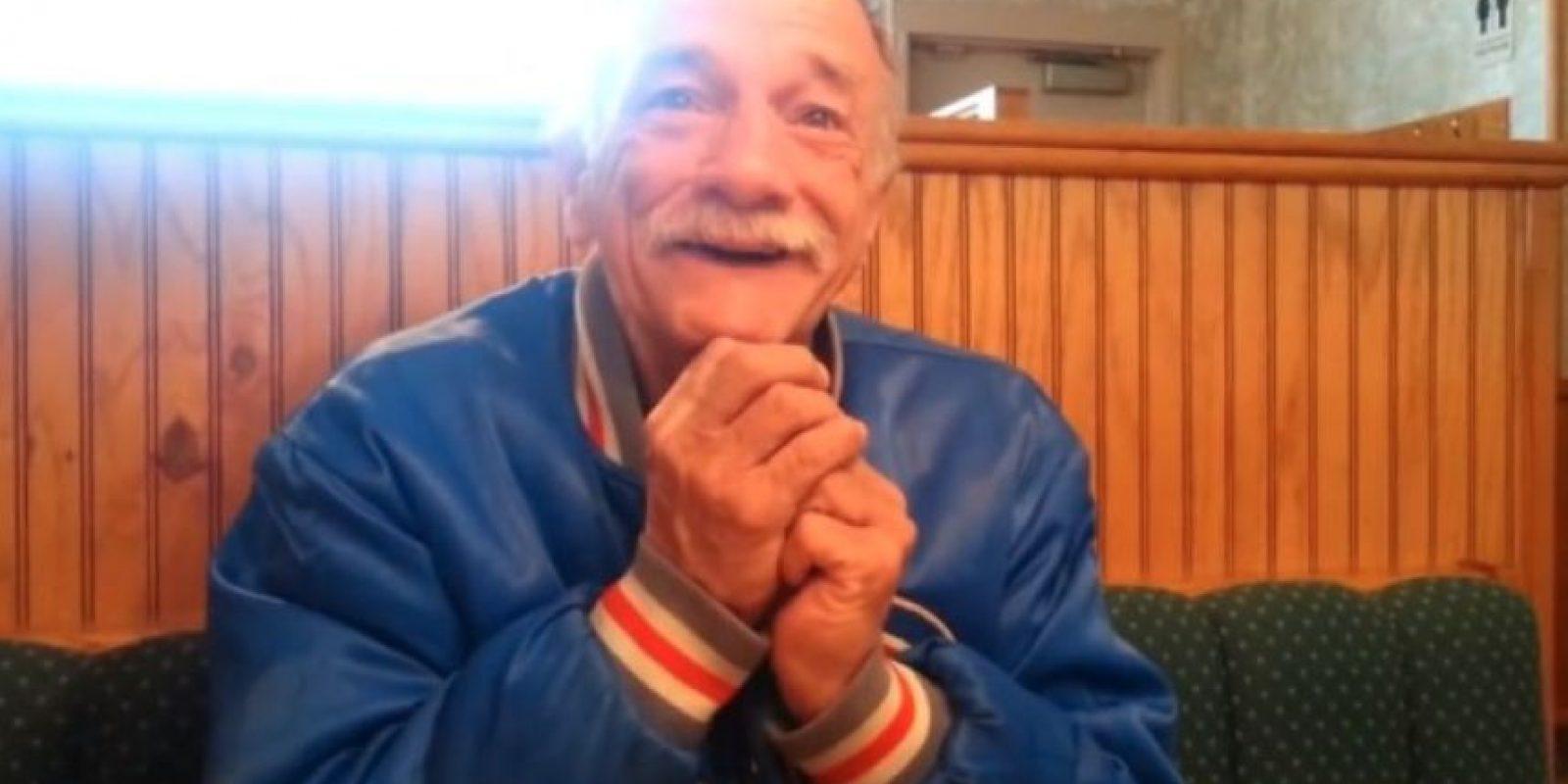2. Conmovedora reacción al enterarse que va a ser abuelo Foto:YouTube-Archivo