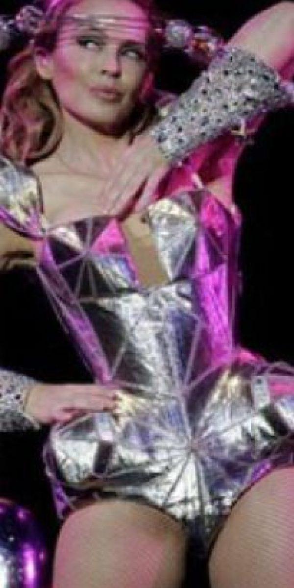 Kylie Minogue, con un traje galáctico. Foto:vía Listal