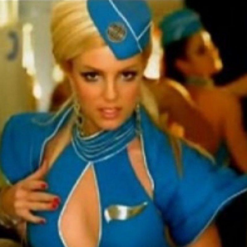 Britney Spears, de azafata. Foto:vía Listal