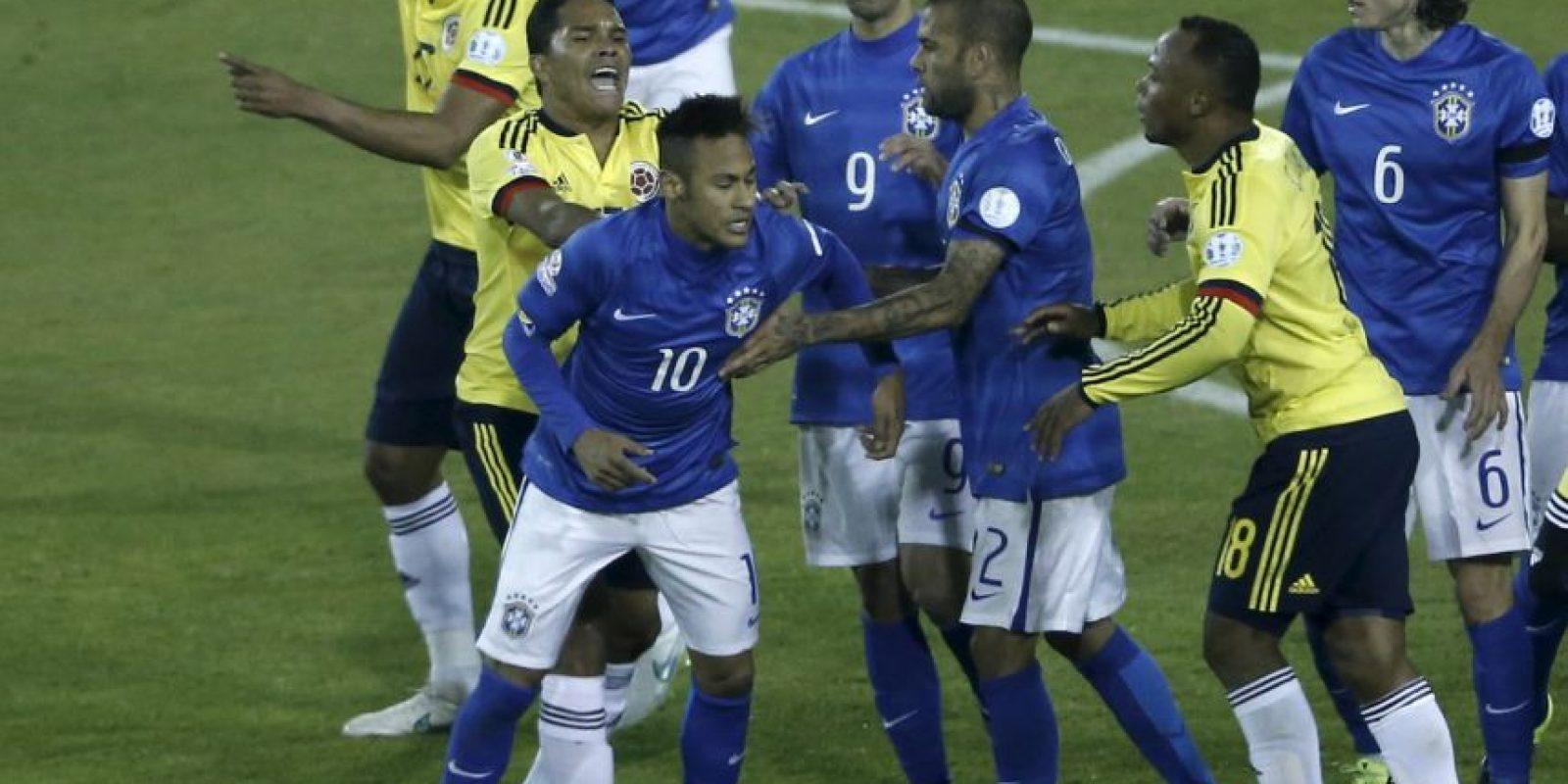 Y las provocaciones de Colombia y Brasil, al término del encuentro de fase de grupos Foto:AFP