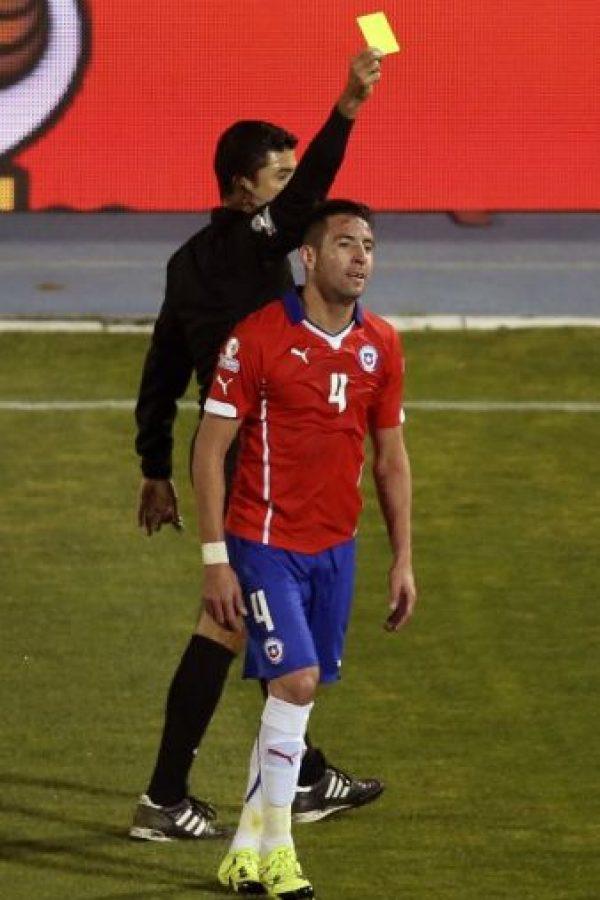 Juega como defensa por el costado derecho Foto:AFP