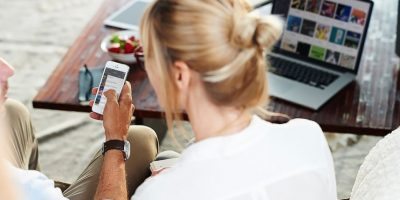 Se pueden escuchar canciones sin conexión a Internet solamente en Deezer Premium. Foto:Deezer