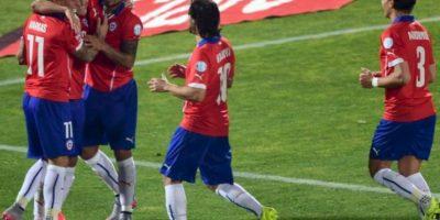 5. Chile nunca le ha ganado a Argentina en la Copa América Foto:AFP