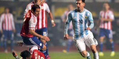 Aunque es considerado el mejor futbolista de los últimos tiempos no ha sido capaz de ganar un campeonato con la seleción mayor de Argentina Foto:AFP