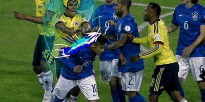 El crack brasileño fue expulsado de la copa Foto:Twitter