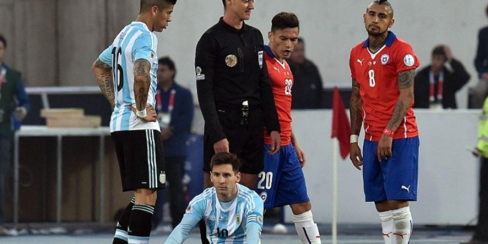 En la tanda de penales, Chile superó 4-1 a Argentina Foto:AFP