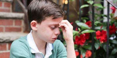 La razón por la que este niño llora les romperá el corazón