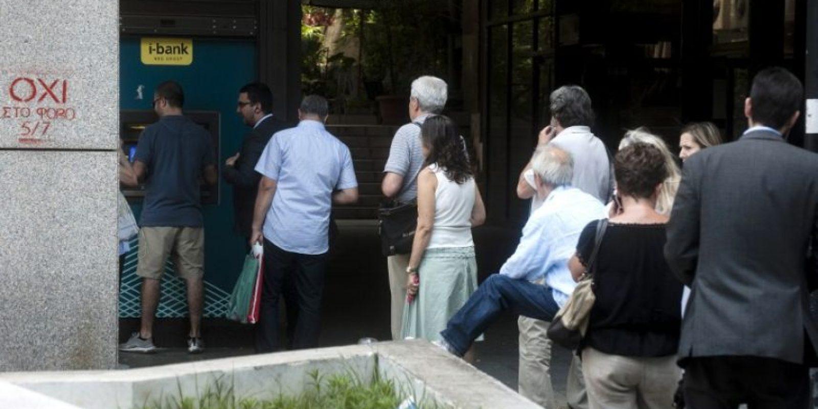 Los bancos griegos permanecieron cerrados Foto:AFP