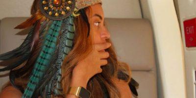Beyoncé, la cantante de R&B estadounidense presume el reloj en su página oficial. Foto:beyonce.com