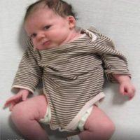 El bebé tiene apenas 2 meses de nacido. Foto:Vía facebook.com/aacopd