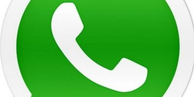 Para que llamar a sus amigos si para contactarlos tienen WhatsApp y es lo más sencillo. Foto:Pinterest