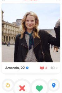 Seguido del nombre de usuario aparecerá un ícono de validación en tono azul Foto:Tinder